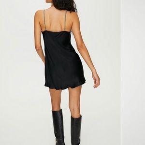 Aritzia Wilfred alto dress
